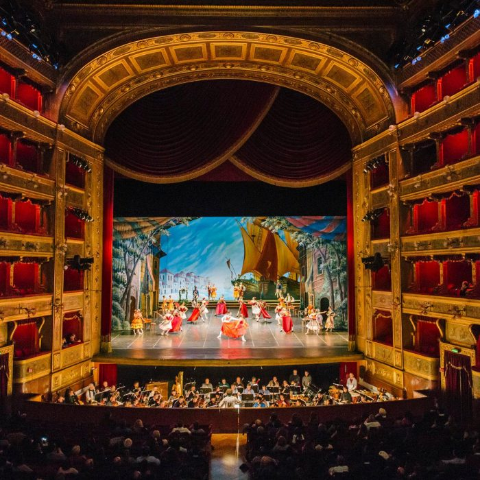 Teatro-Massimo (1)